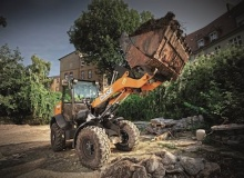 Electrohydraulic controls for Case compact wheel loaders