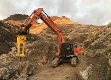 Epiroc HB 4100 hydraulic breakers used on Gran Canaria infrastructure project